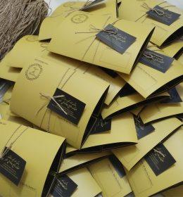 cetak undangan,harga undangan,undangan surabaya,jasa design undangan,design undangan